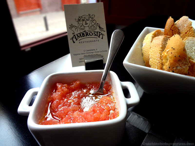 Pan con tomate - Restaurante Ambrosía