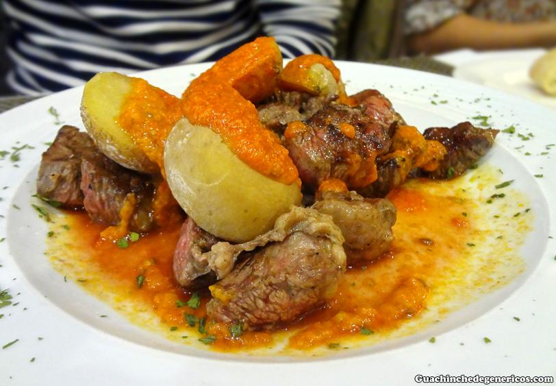 Tacos de ternera con papas arrugadas y mojo. Restaurante Ex-Libris, Madrid