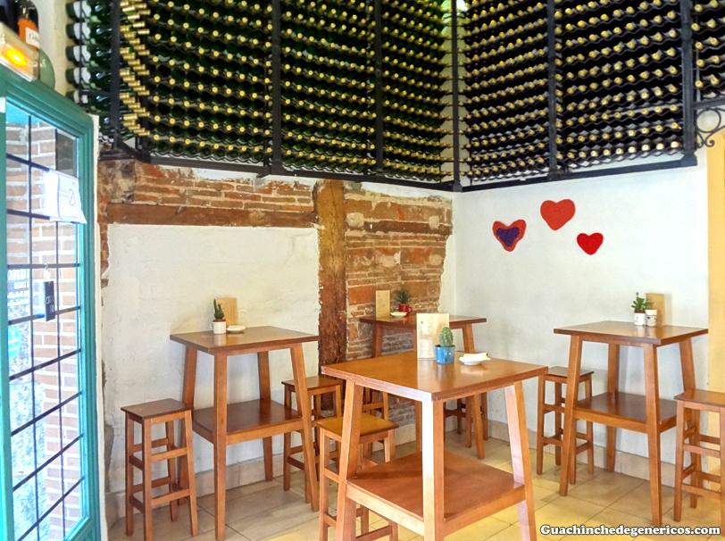 Abacería y restaurante/ bar de tapas Lambuzo, Madrid