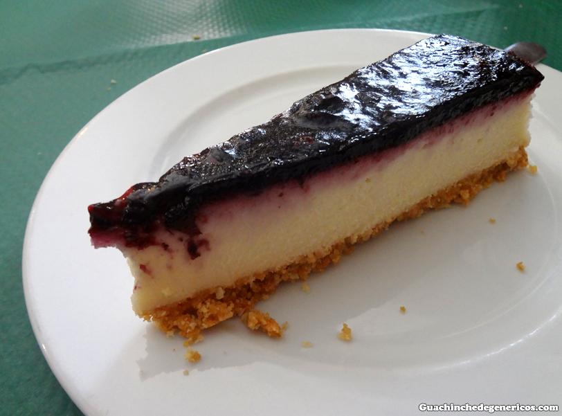 Tarta de queso. Restaurante sidrería Puerta del Sol, Llanes (Asturias)